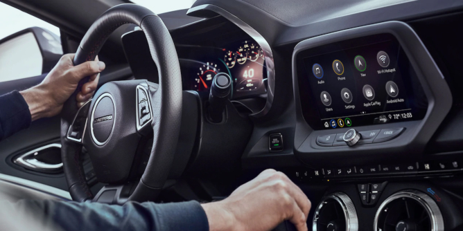 2019-chevy-camaro-navigation-image