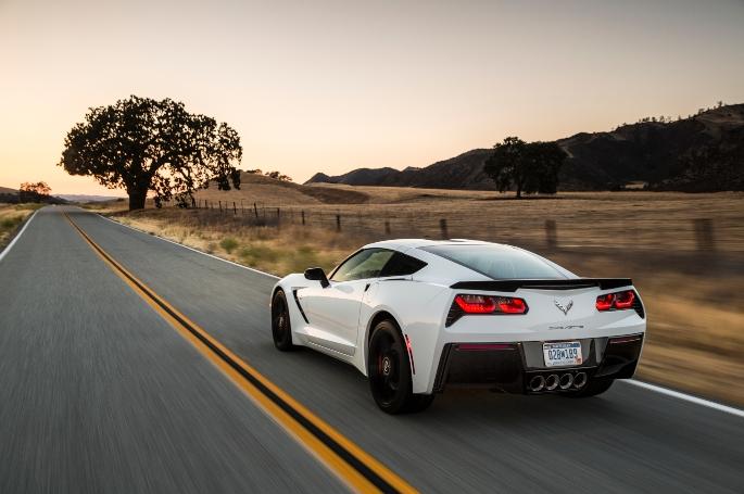 2018-Chevrolet-Corvette-041