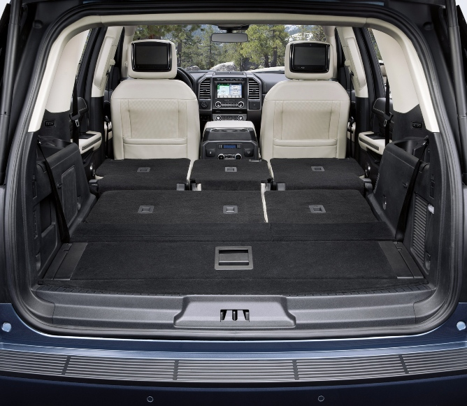 2019-ford-expedition-interior-3