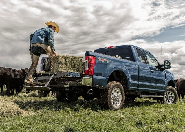 2019-ford-f-250-exterior2