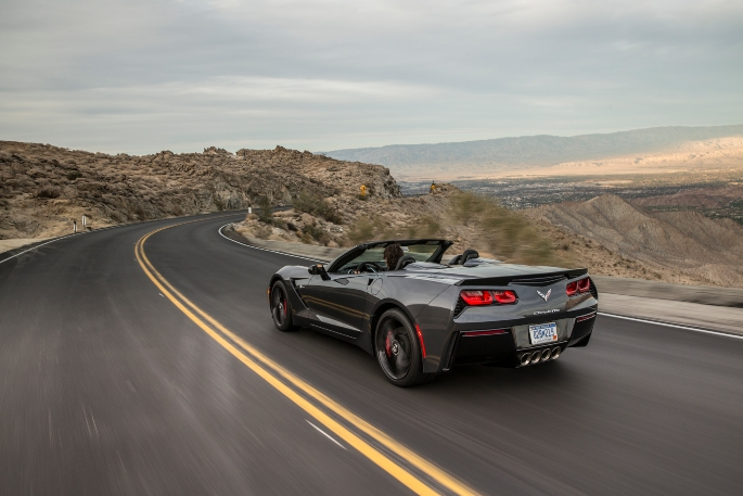 2018-Chevrolet-CorvetteConv-044