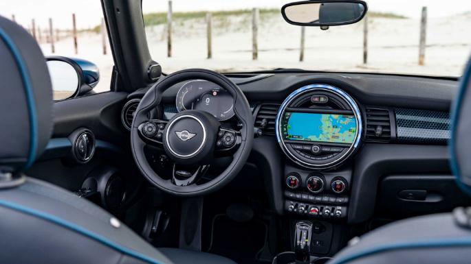 2021-mini-convertible-int