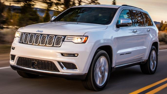 2017-jeep-grand-cherokee-driving-image