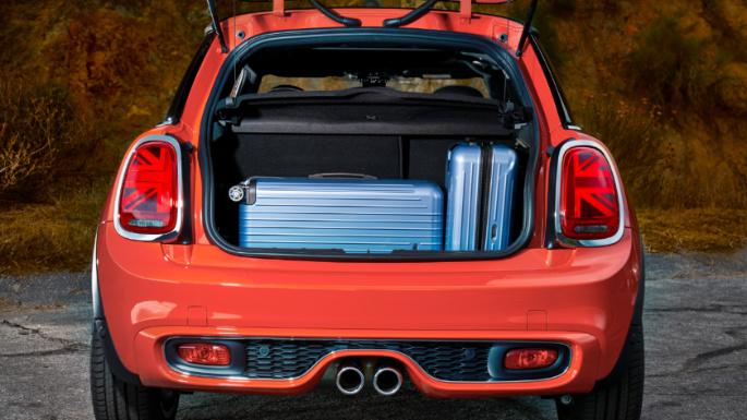 2019-mini-cooper-trunk