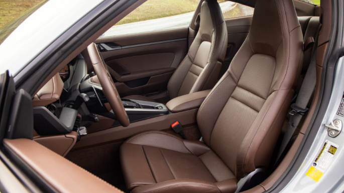 2020-porsche-911-seats-image
