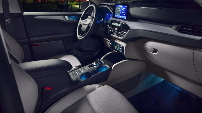 2021-ford-escape-int