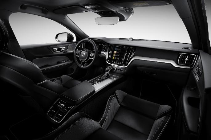 2019-volvo-s60-interior-1