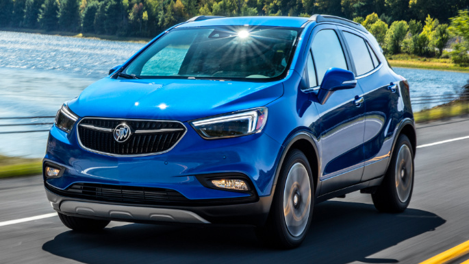 2020-buick-encore-driving-image