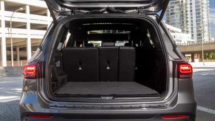 2020-mercedes-glb-trunk-image