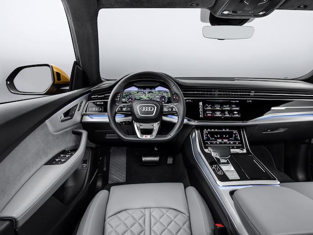 Large-2019-Audi-Q8-4203