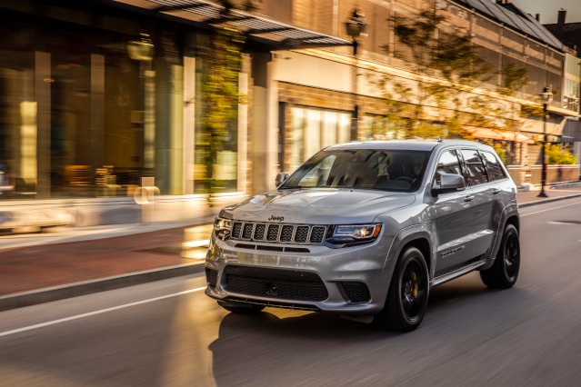 2019-jeep-grand-cherokee-exterior1