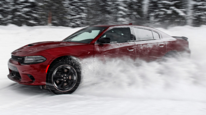 2020-dodge-charger-driving-image