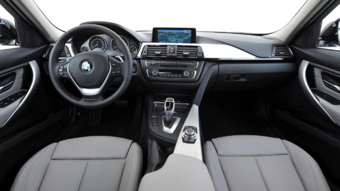 2014-bmw-3series-hybrid-int
