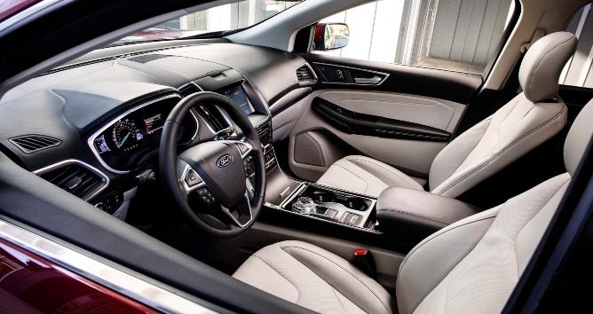 2019-ford-edge-interior-1