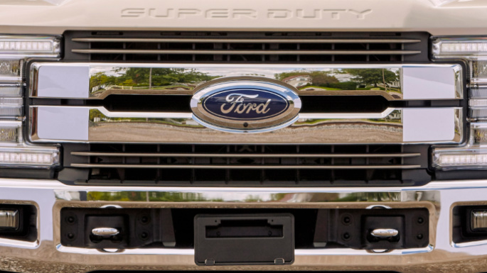 2019-ford-f350-image-16