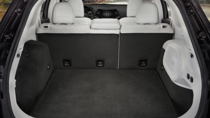 2020-jeep-cherokee-image-10
