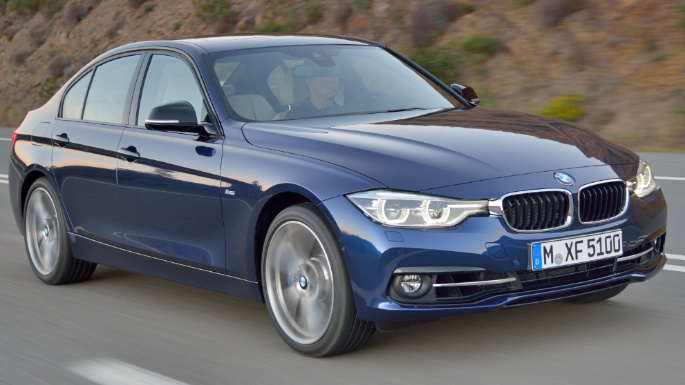 2017-bmw-3-series-driving-image