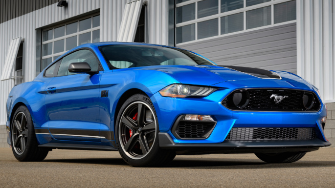 2021-ford-mustang-ext