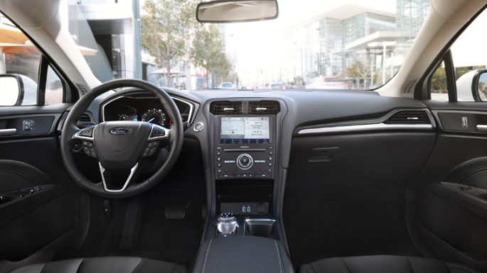 2020-ford-fusion-dashboard-image