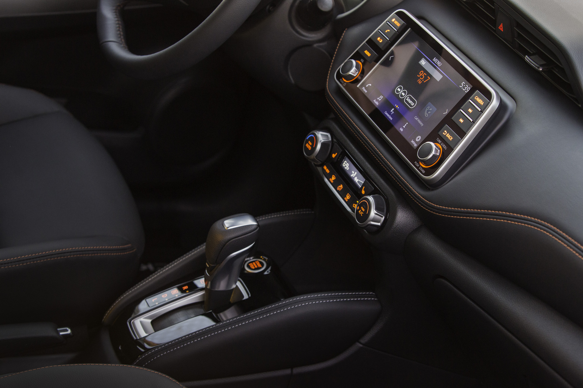 2018 Nissan KICKS Interior 3