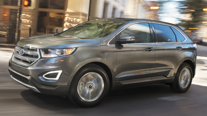2017-ford-edge-driving-image