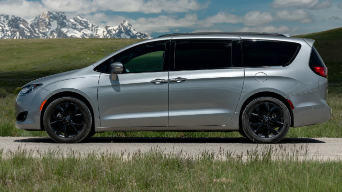 2020-chrysler-pacifica-cost-image