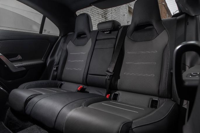 2020-mercedes-cla-interior-2