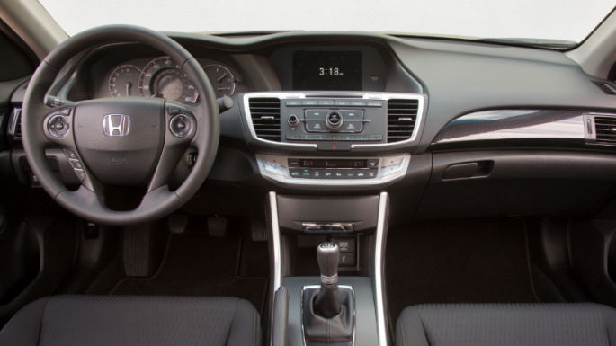 2014 Honda Accord Sport Sedan 317-fuente (1)