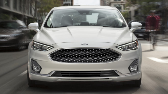 2020-ford-fusion-image-4