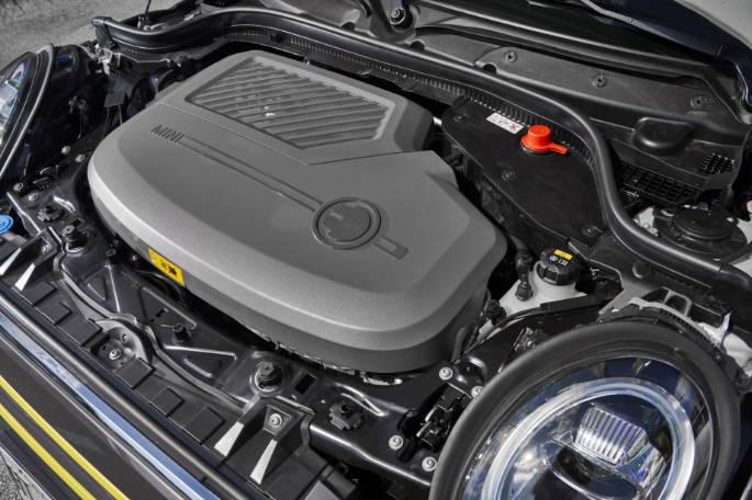 GS MINI Cooper SE 012020 00312 (1)
