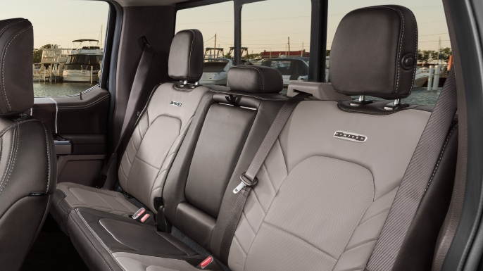 2018-ford-f150-image-8