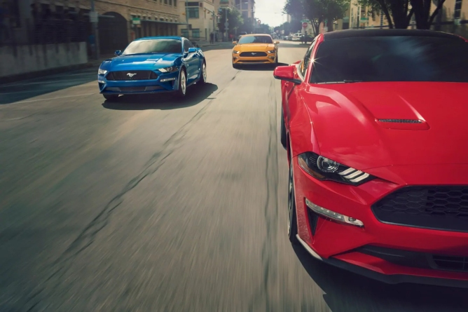 2019-ford-mustang-image-4
