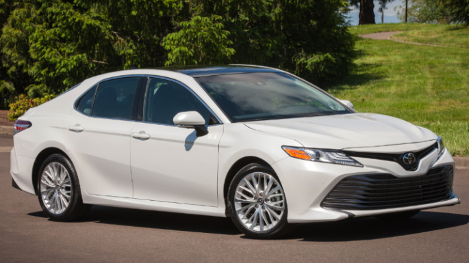 2018-toyota-camry-styling-image