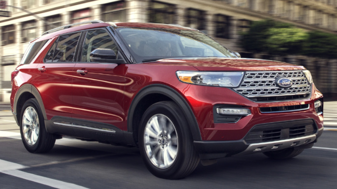 2021-ford-explorer-driving-image