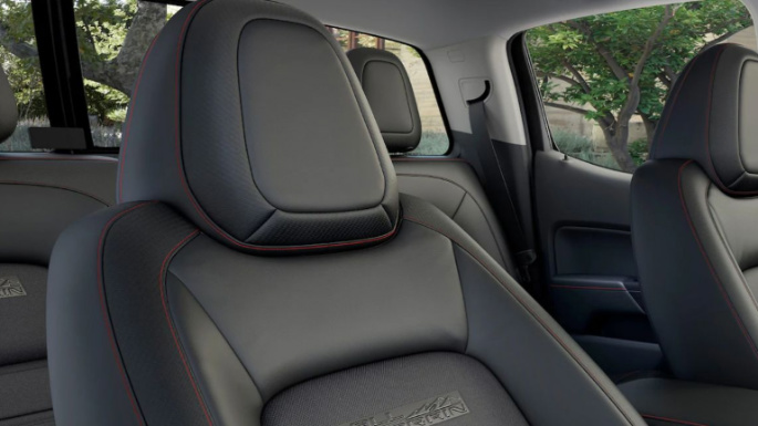 2019-gmc-canyon-seats2
