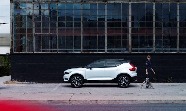 219772 New Volvo XC40 - exterior