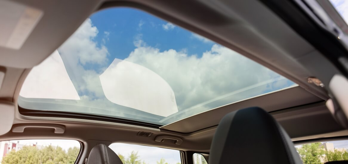 Moonroof Vs Sunroof What S The Difference
