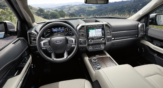 2019-ford-expedition-interior-1