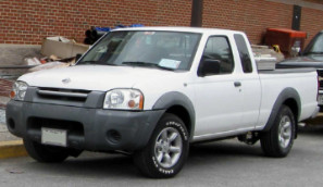 01-04 Nissan Frontier extended cab (1)