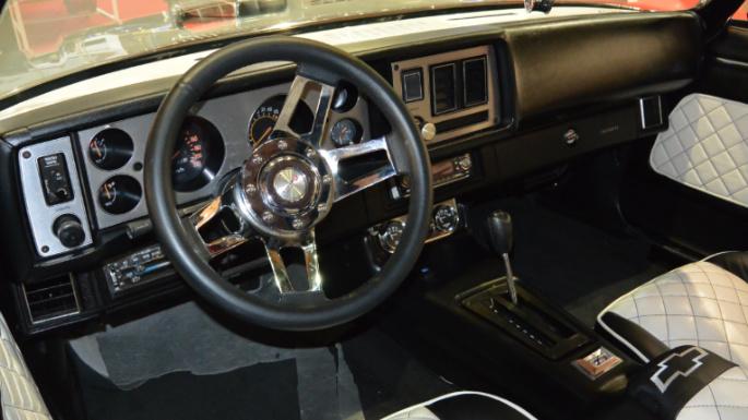 1967-chevrolet-camaro-z28-int