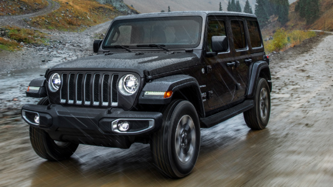 2021-jeep-wrangler-unlimited-driving-image