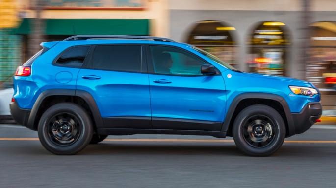 2020-jeep-cherokee-image-3