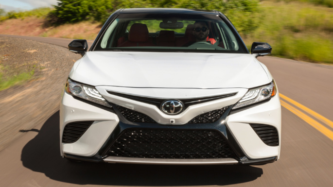 2018-toyota-camry-value-image