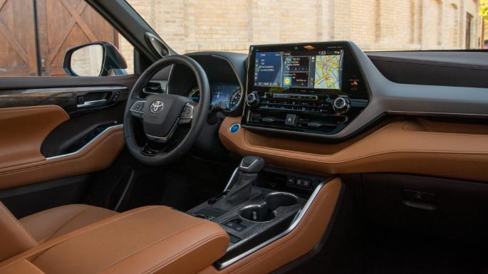 2021-toyota-highlander-hybrid-int