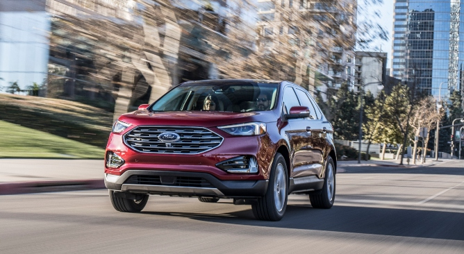 2019-ford-edge-image-1