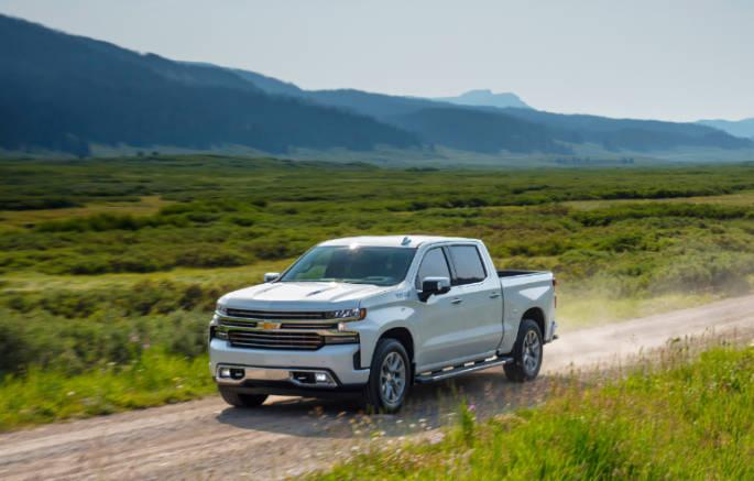 2019-Chevrolet-Silverado-HighCountry-045 (2) (1)