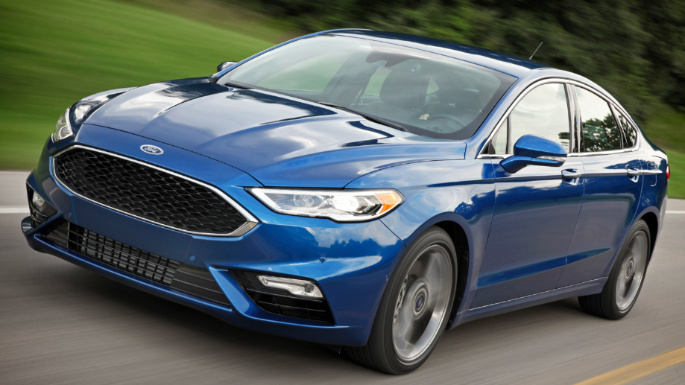 2018-ford-fusion-driving-image