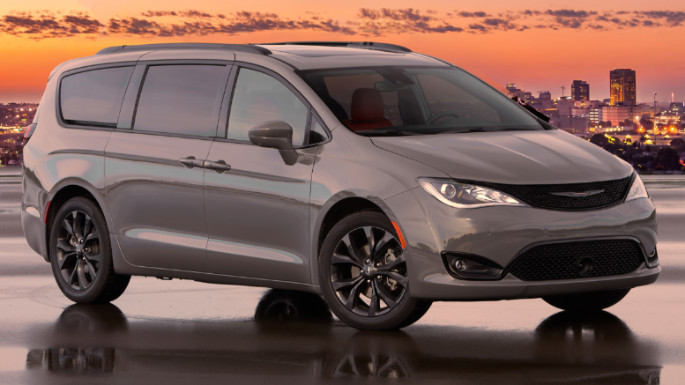 2020-chrysler-pacifica-styling-image
