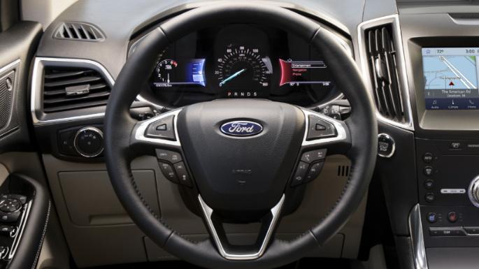 2020-ford-edge-image-12