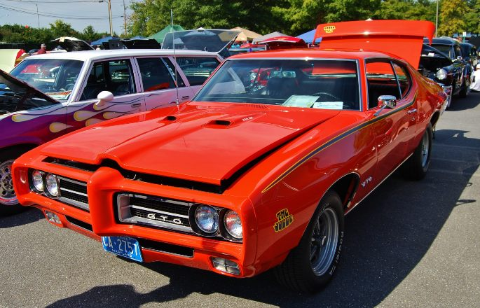 1969-Red-Pontiac-GTO-image